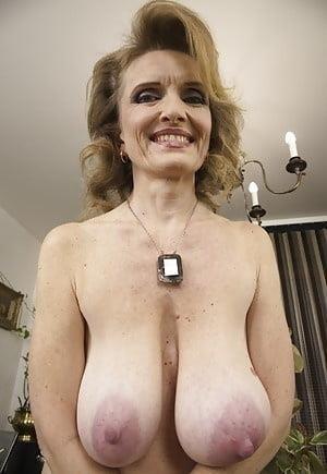 Natural tits nipples-6843