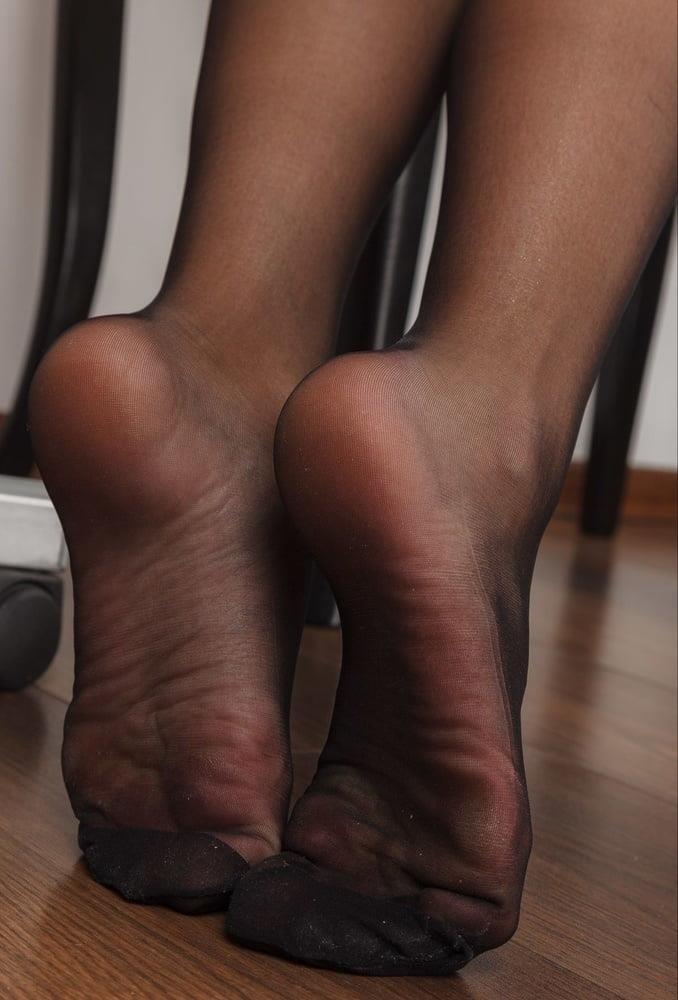 Nylon feet porn hd-7876