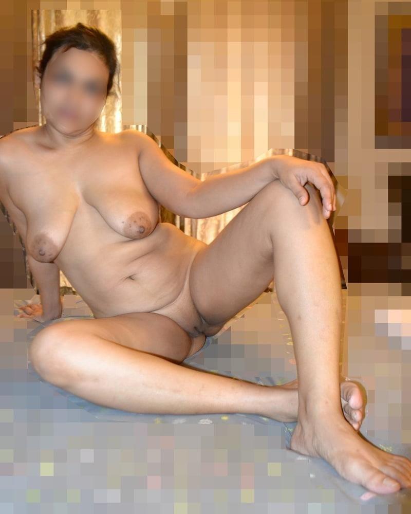 Naked lady selfie-5488