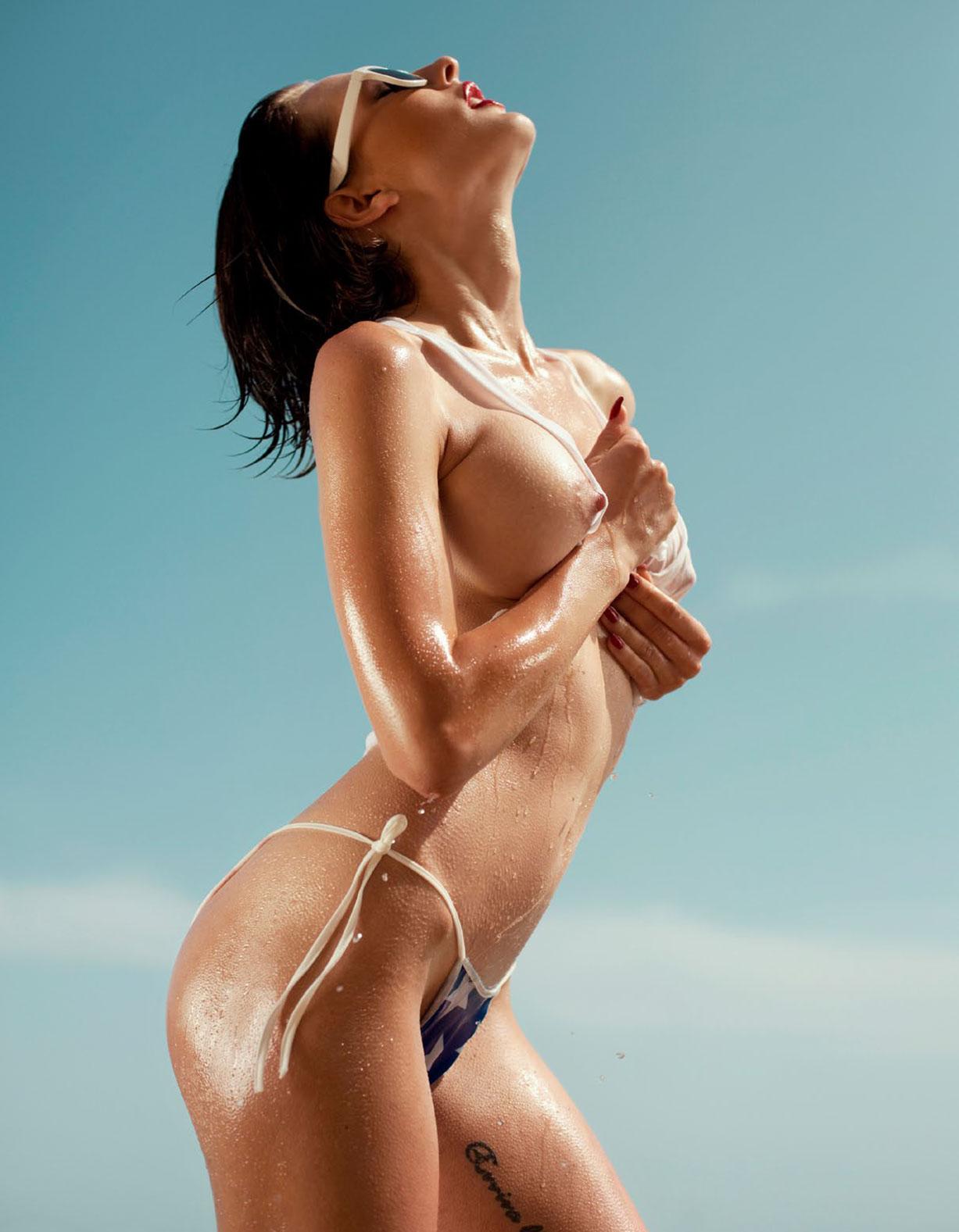 Каприс Кастильо в спецвыпуске журнала Playboy -Девушки летом- / фото 07