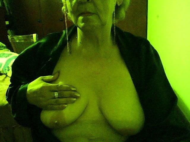 Chubby granny webcam-9314