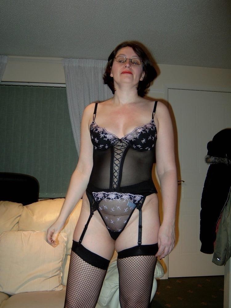 Mature woman big clit-2375