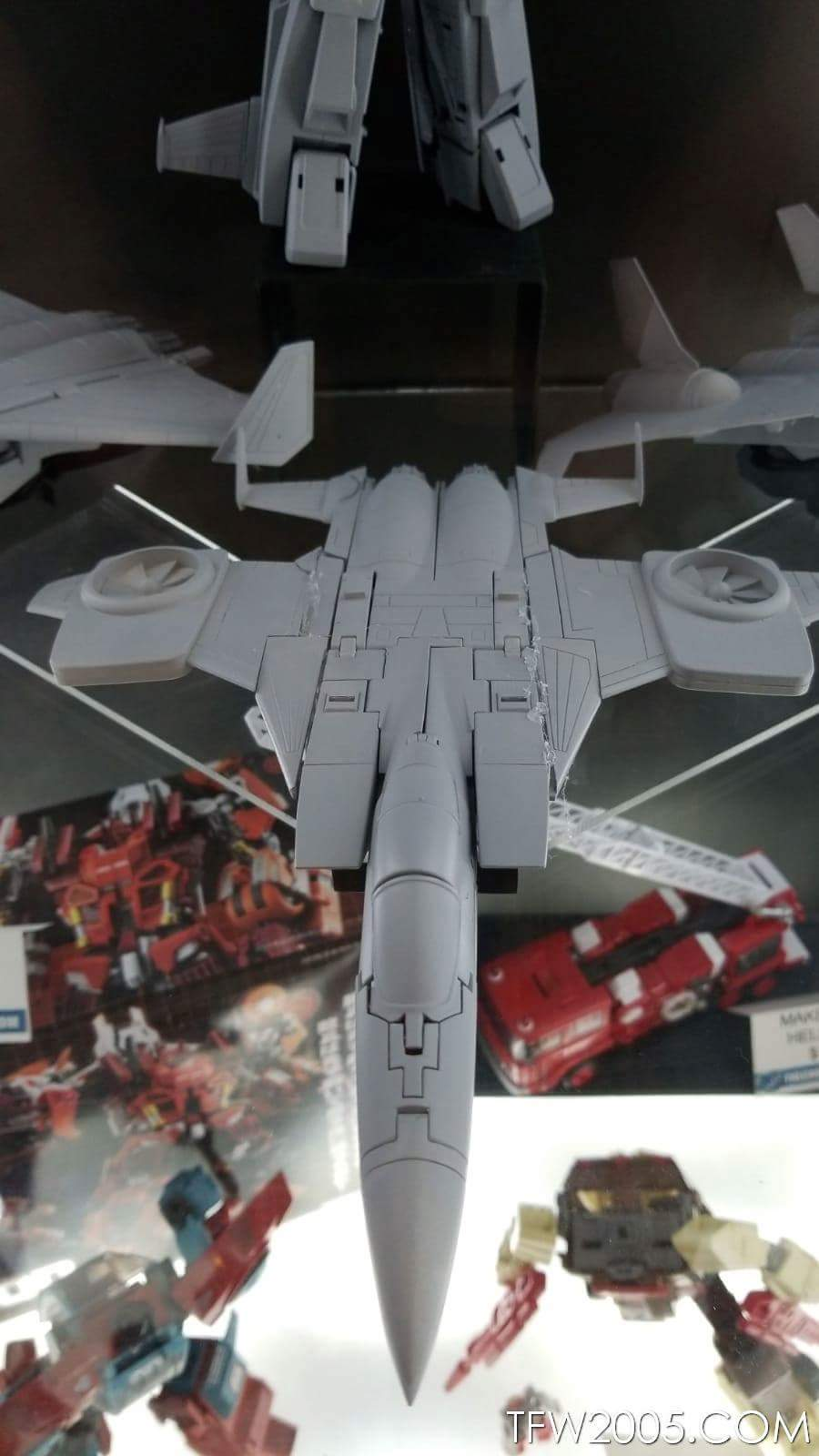 [Maketoys] Produit Tiers - Jouets MTRM-15 Endgame (aka Dirge/Funébro), MTRM-16 Jetstream (aka Thrust/Fatalo) & MTRM-17 Booster (aka Ramjet/Statoréacto) NVyNNts5_o
