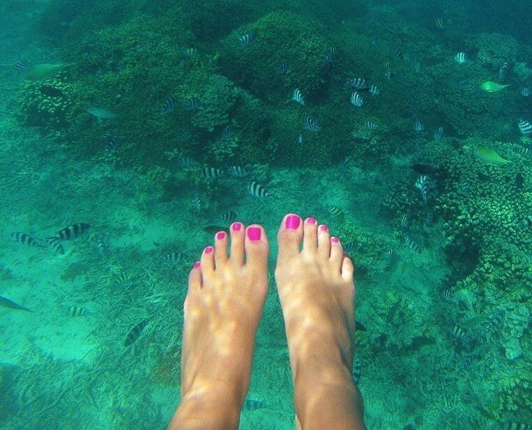 Lesbian long toes-3399