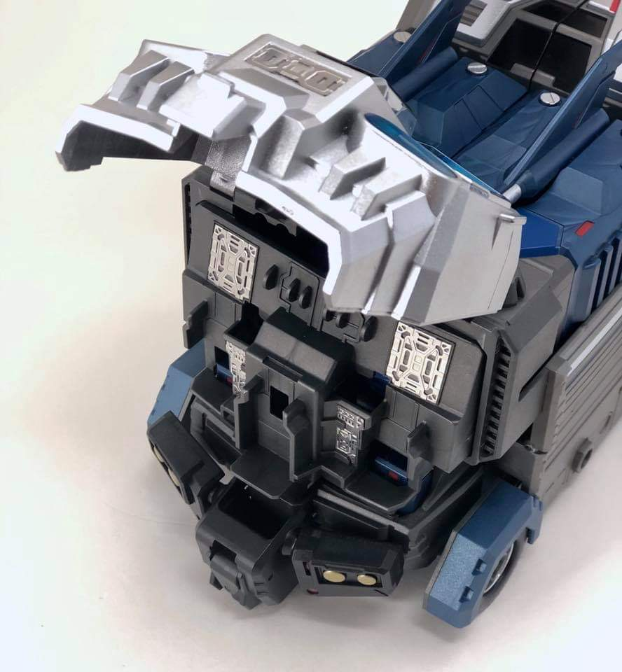 [FansHobby] Produit Tiers - MB-06 Power Baser (aka Powermaster Optimus) + MB-11 God Armour (aka Godbomber) - TF Masterforce - Page 4 CbPXGPDq_o