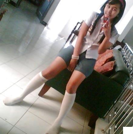 Cute asian schoolgirl-7212