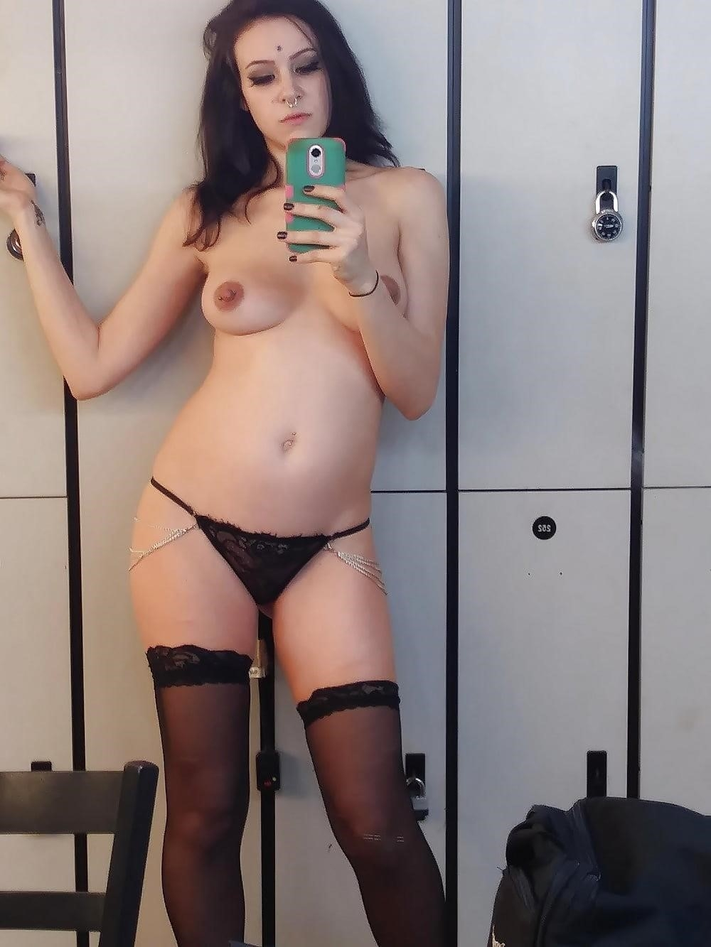 Nude tinder selfies-1755