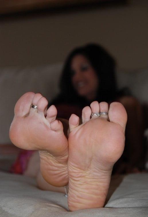 Mature foot fetish pics-5848