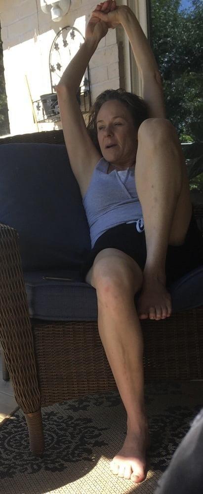 Sexy stepmom feet-1056