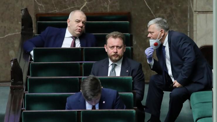 """""""Ja nie noszę maski, bo nie mam objawów"""" - Minister Szumowski, Marzec 2020"""