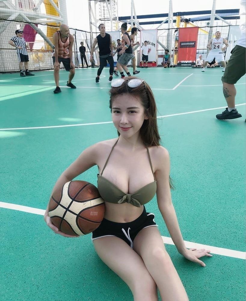 Sexy asian girl big tits-8985