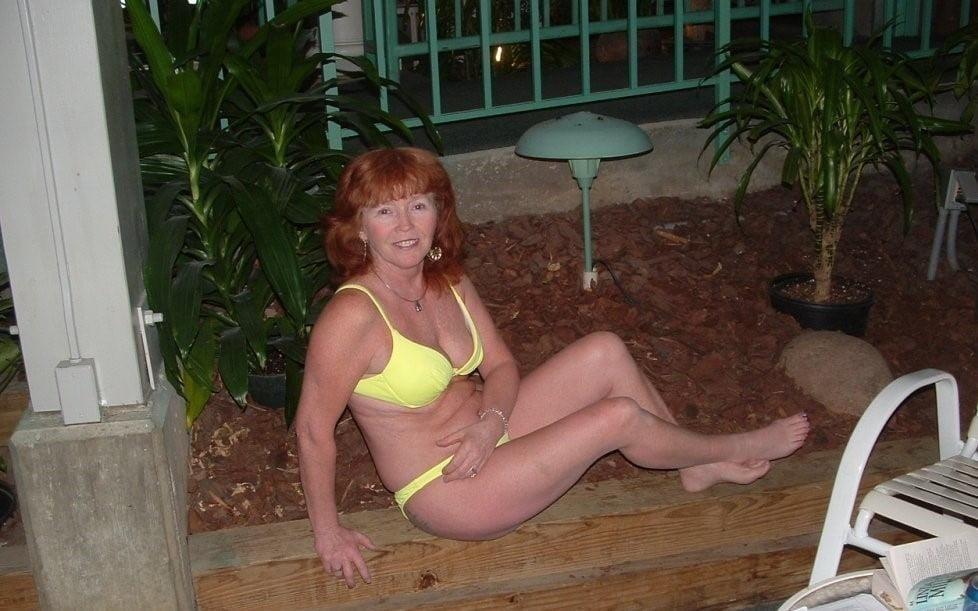 Mature amateur bikini pics-7985
