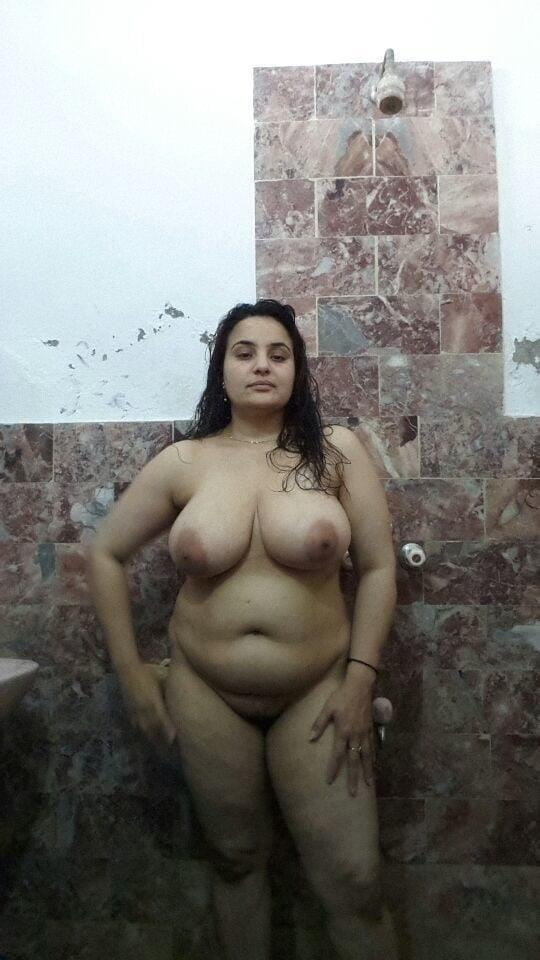 Big boobs lady pic-4949