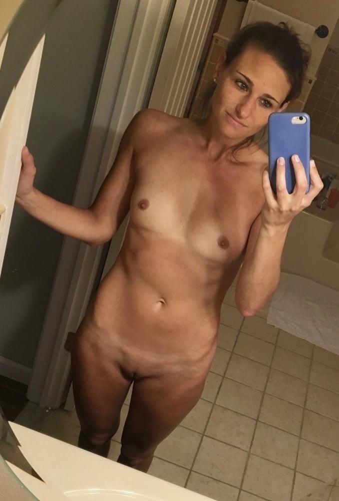 Teen nude selfie mirror-7149