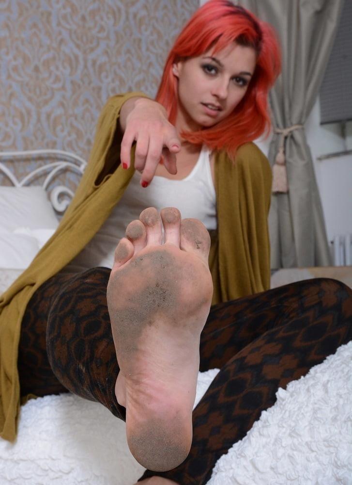 Mistress dirty feet worship-3993