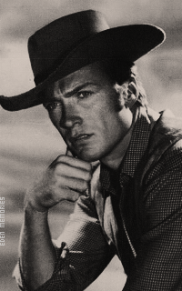 Clint Eastwood HeuZGPPH_o