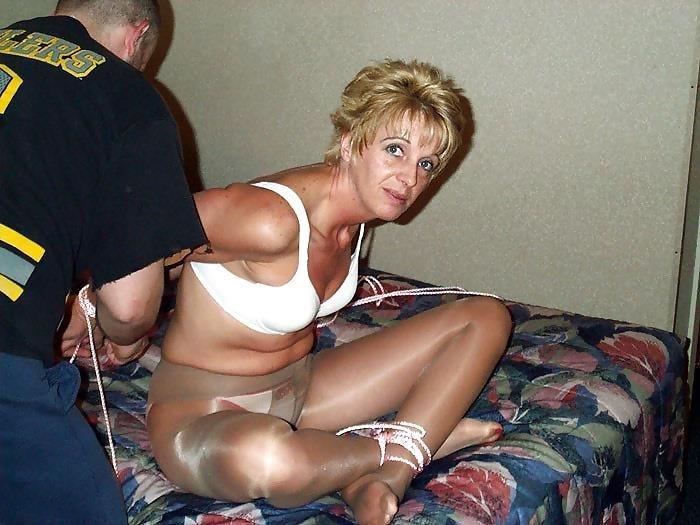 Blonde pantyhose milf-7287