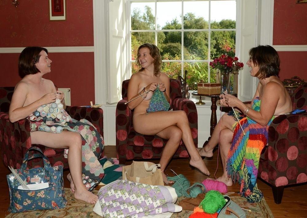 Nude mature lesbians-2861