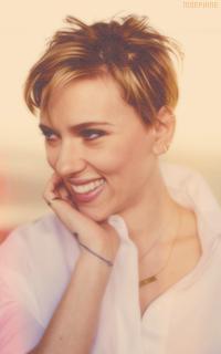 Scarlett Johansson 0UUCaI8m_o