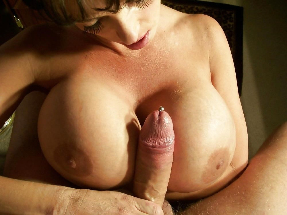 Girls sucking girls big boobs-2029