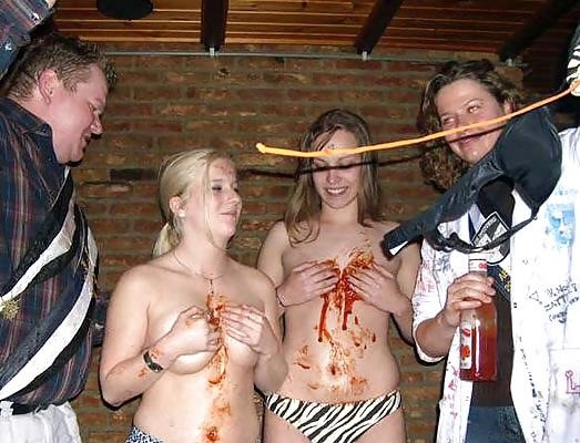 College party with sex-9909