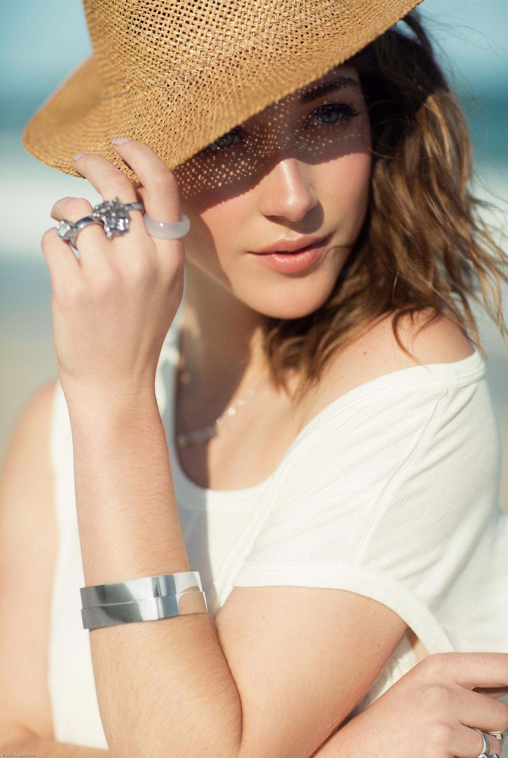рекламная кампания украшений Forever Jewels Argentina, фотограф Pablo Sujo