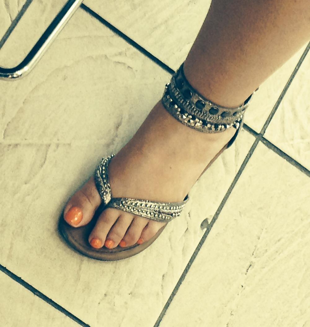 Long toes foot fetish-8855