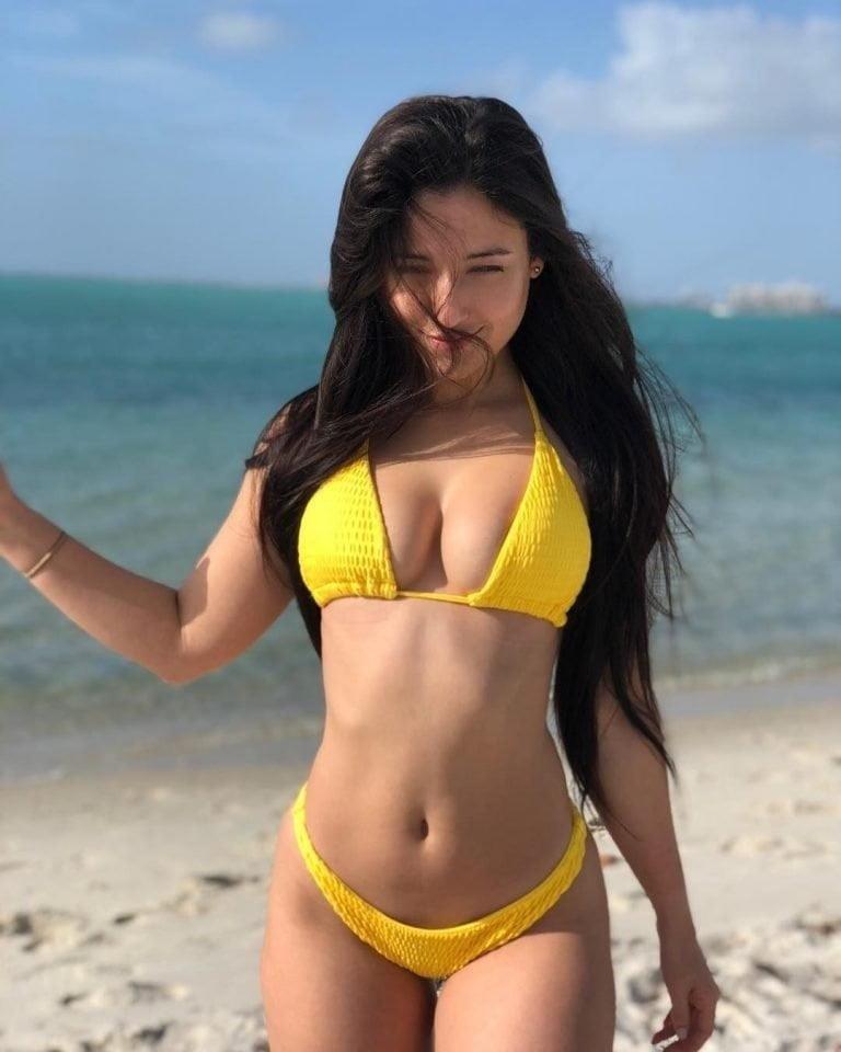 Angie varona nude selfie-5377