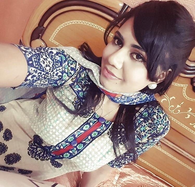 Sexy punjabi girls pic-8638