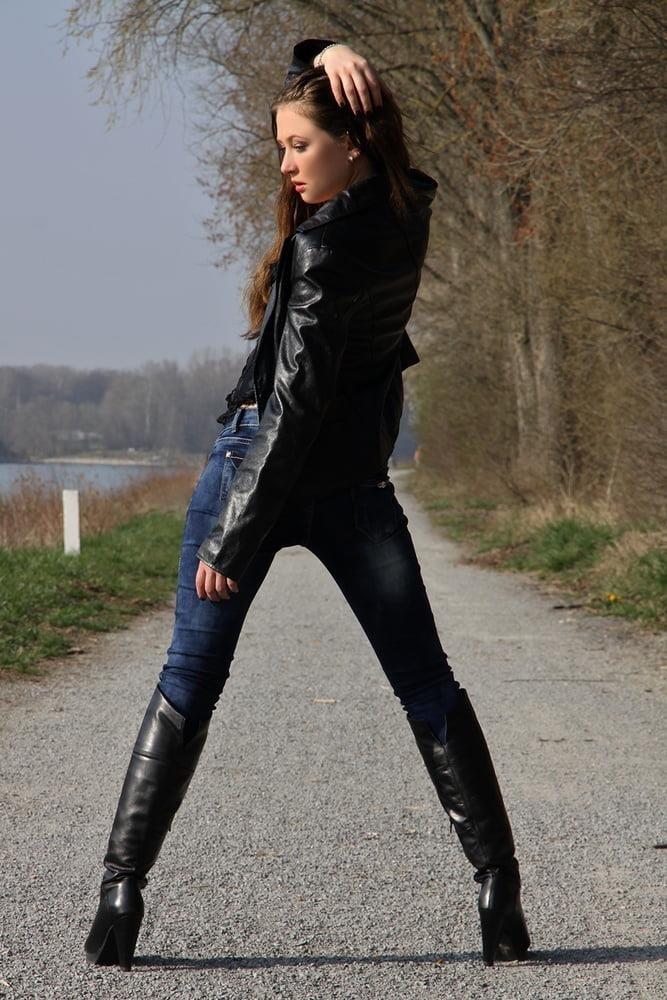 Divided jean jacket-5636