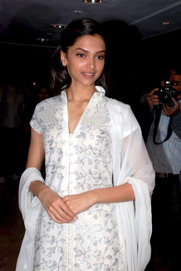 Deepika padukone doing xxx-8063