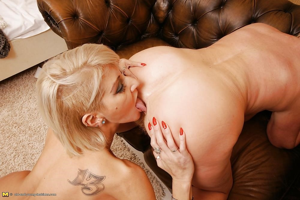 Group sex with grannies-8945
