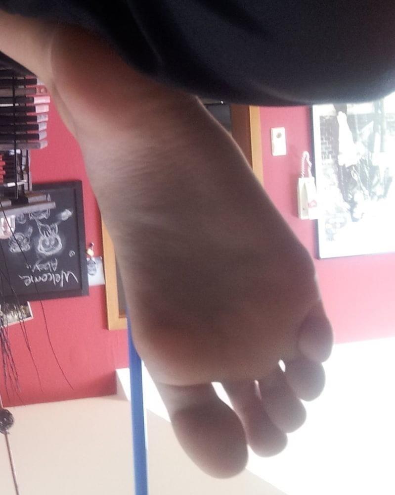 Teacher worship student feet-9806