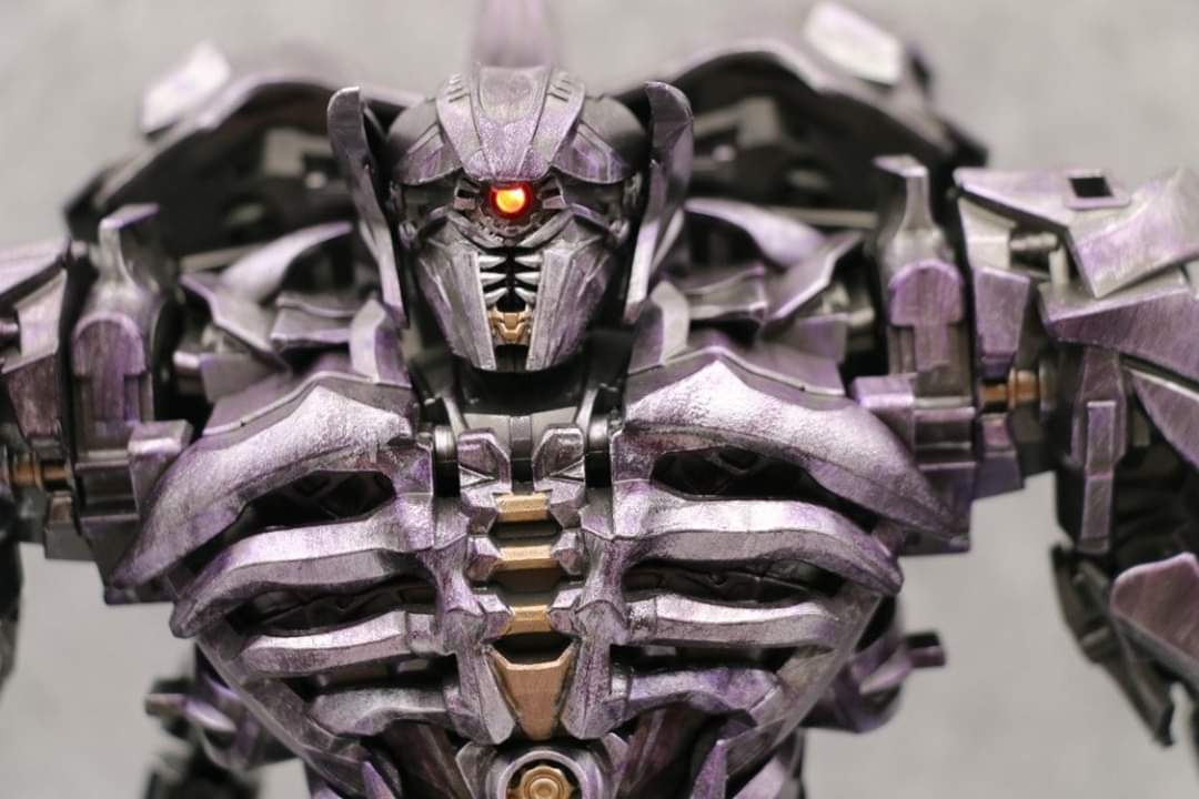 [Zeus Model] Produit Tiers - ZS-01 Guardian of the Universe - aka DOTM Shockwave M94zMFre_o