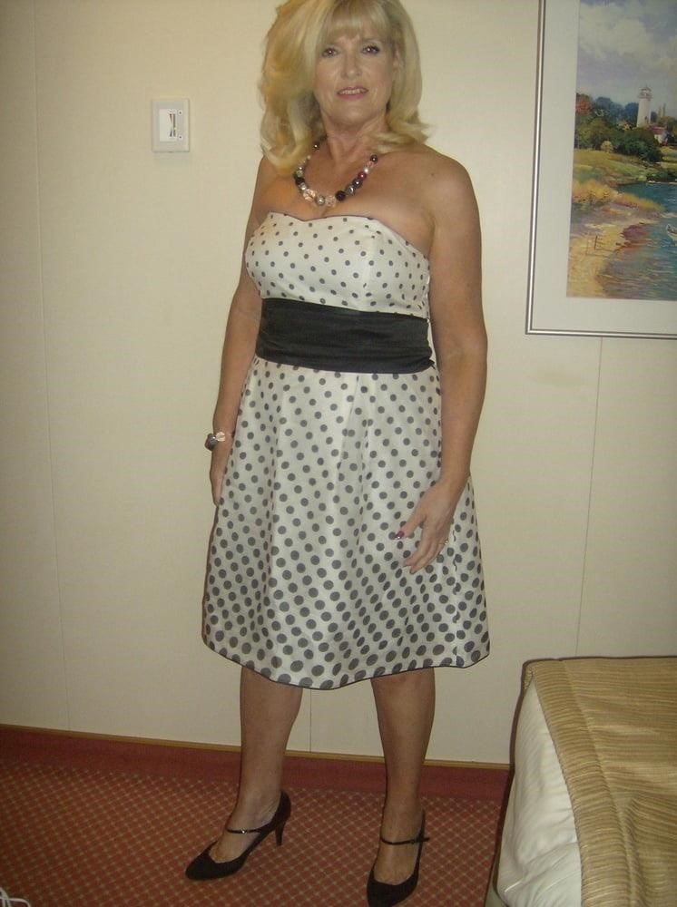 Amatuer mature wife pics-3860