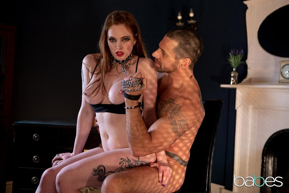 Carly Rae, Jay Snake – Crawl For Zaddy – Babes