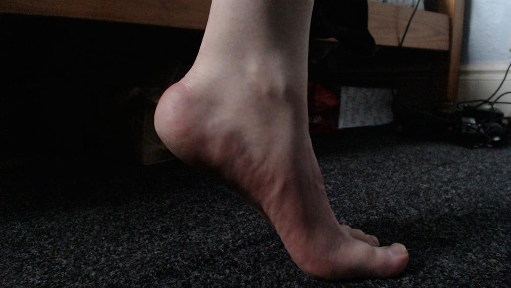 Male feet vids-6435