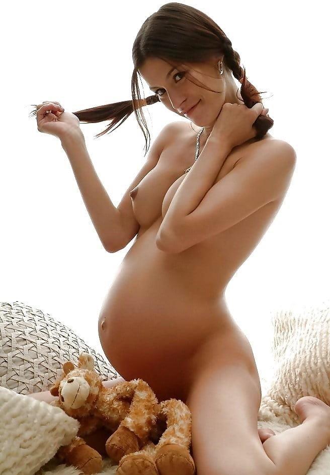 Sex during first trimester safe-8752