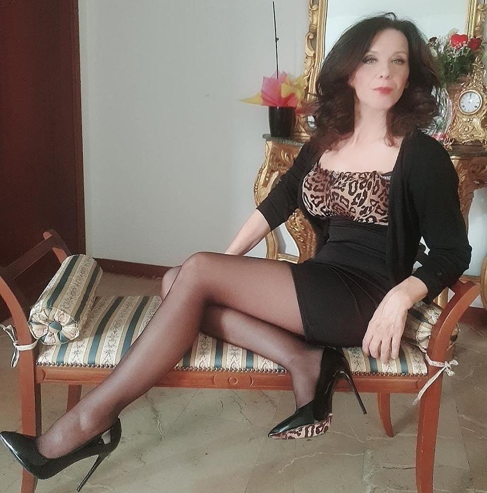 Elegant mature pics-9634