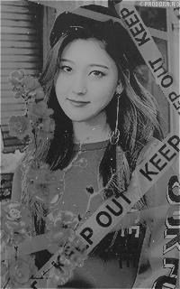 Choi Ye Rim - Choerry (LOONA) YJV1ApjH_o