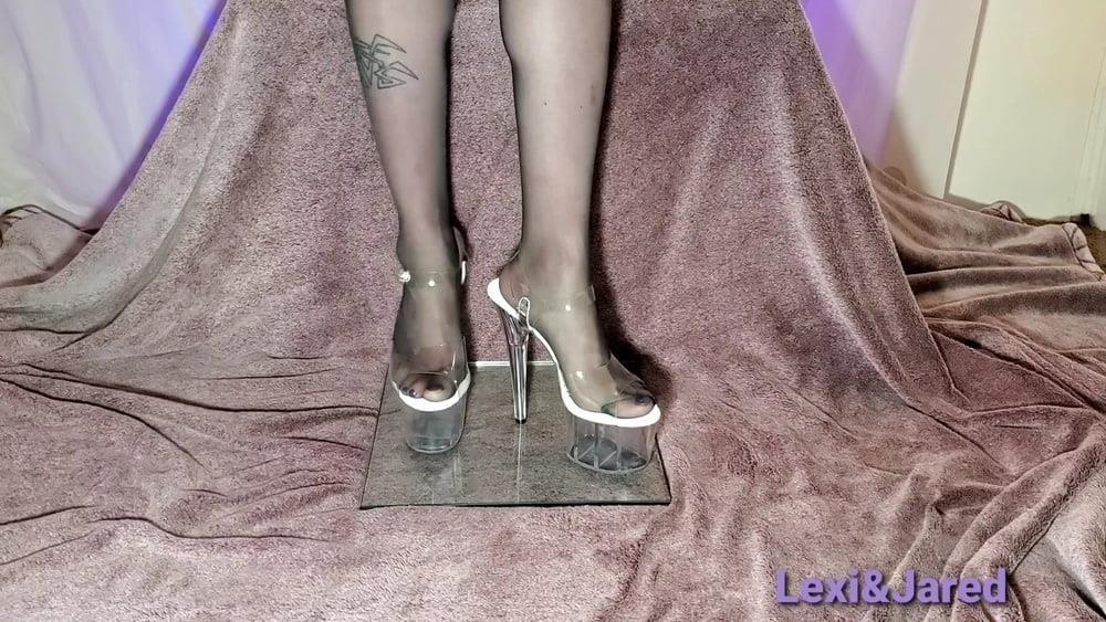 Pantyhose feet xhamster-7319