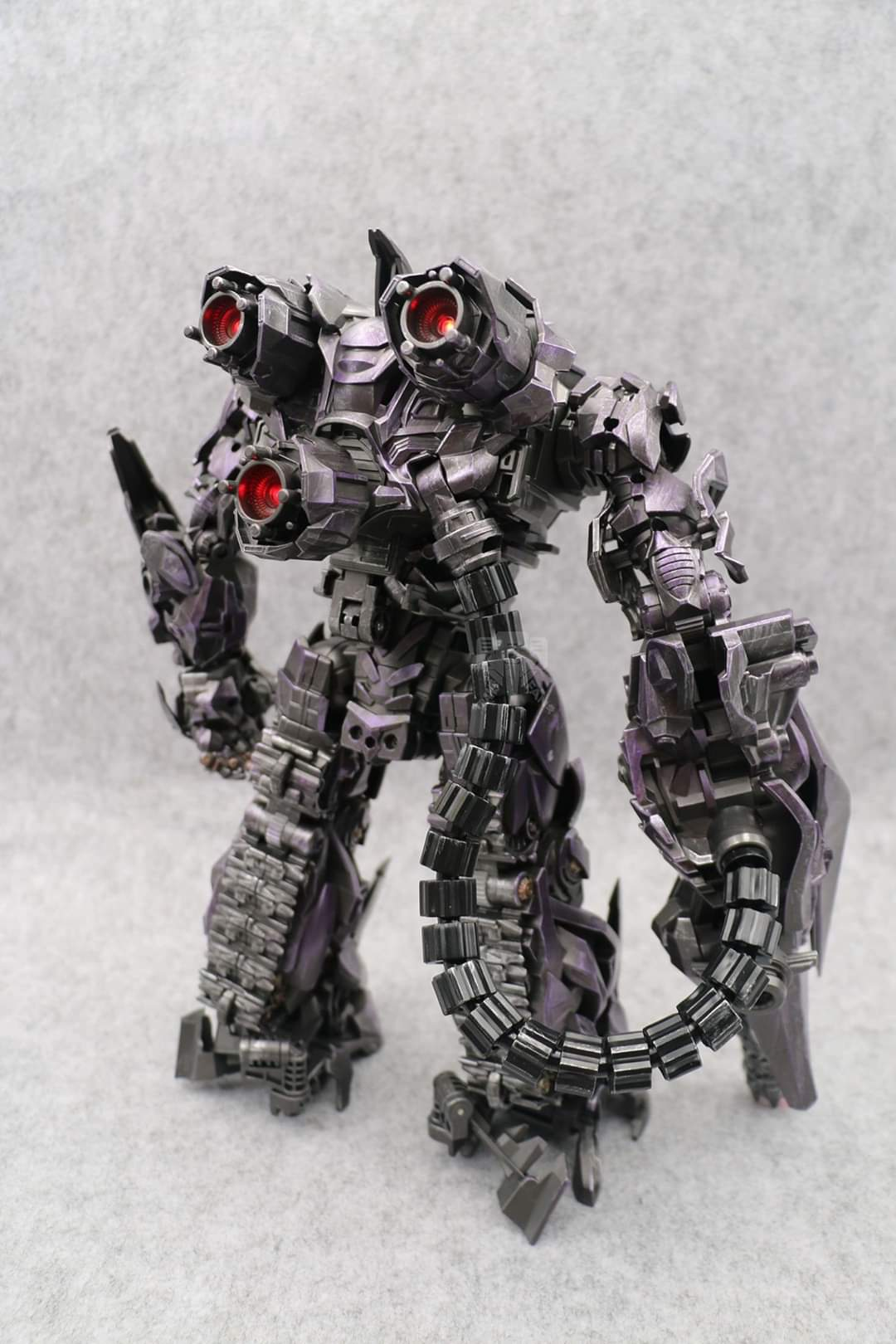[Zeus Model] Produit Tiers - ZS-01 Guardian of the Universe - aka DOTM Shockwave UkqKcIzW_o