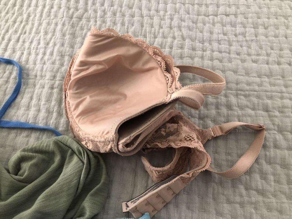 Dirty girls bukkake panty raid 8-2745