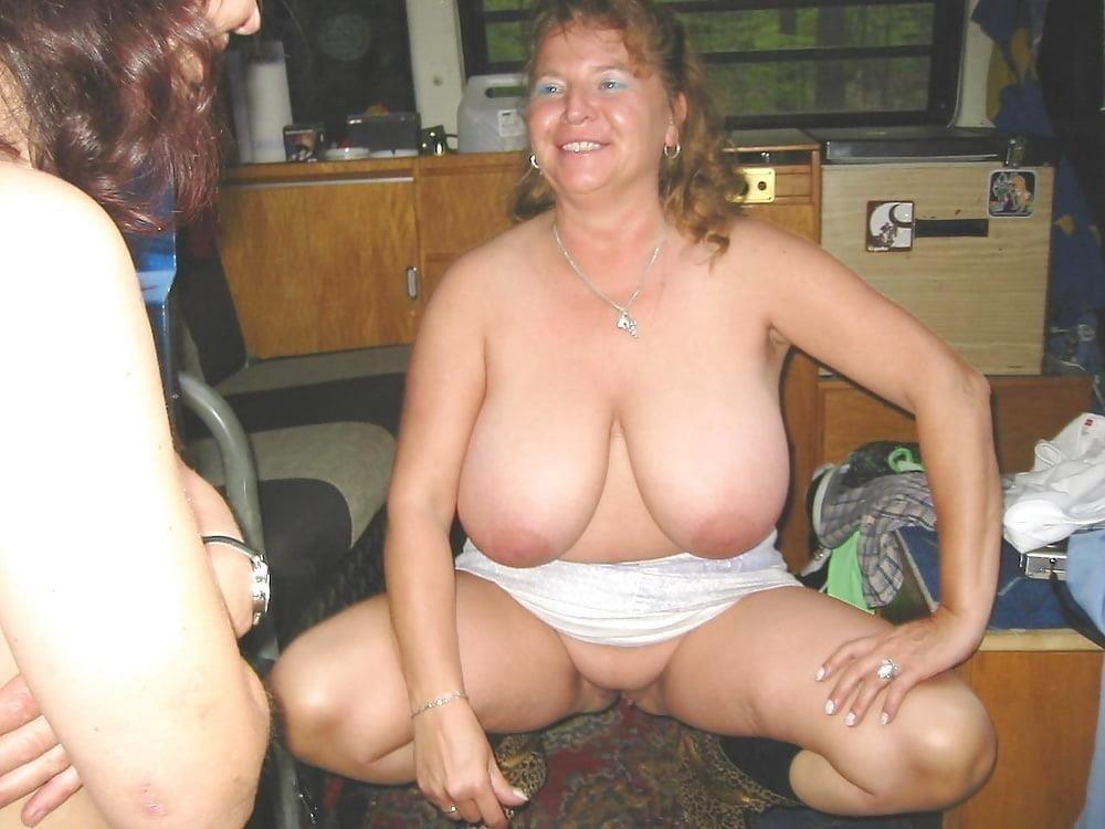 Naked older white women-8778