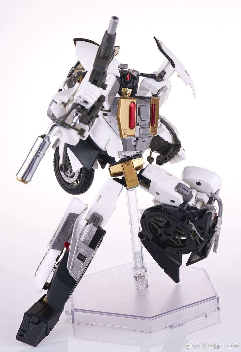 [Generation Toy] Produit Tiers - Jouet GT-08 Guardian - aka Defensor/Defenso - Page 2 GTakGVdc_o