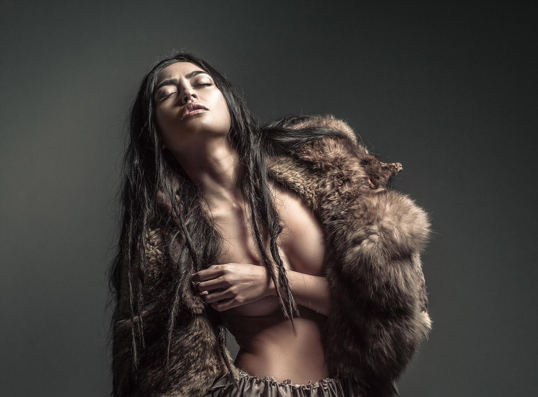 Shaman / Ambra Battilana Gutierrez by Michel Bonini