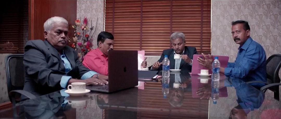 Mookuthi Amman (2020) 720p HDRip x264 AAC [Dual Audio][Tamil+Telugu]