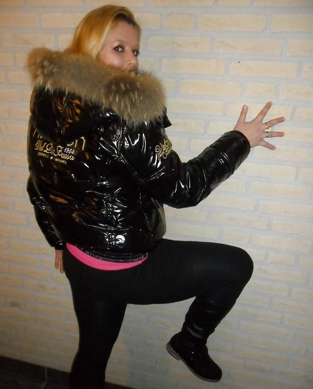 Jean jacket with brown fur-3516