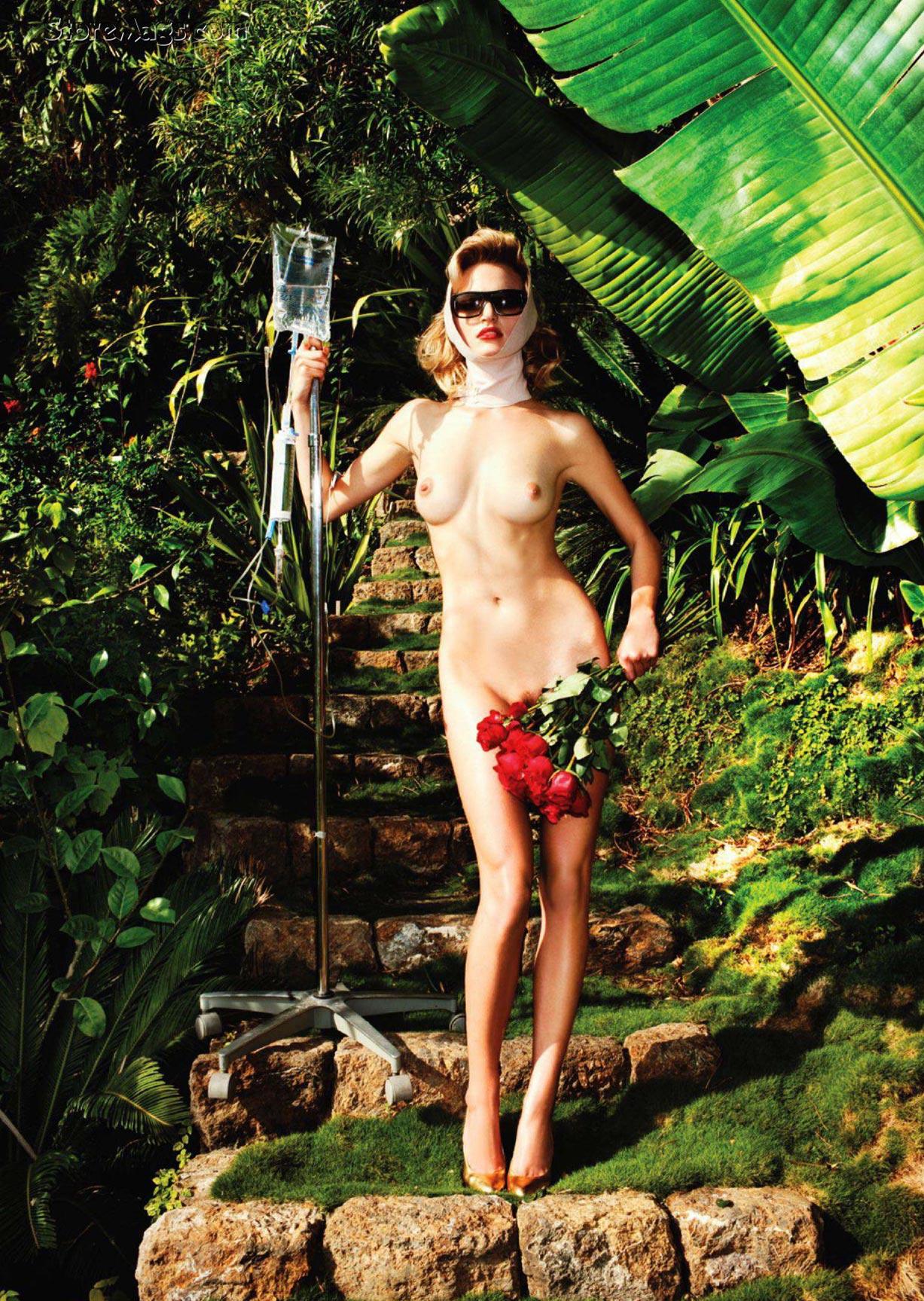 Stephanie Loba, Amanda Booth, Sydney Roper nude by Tony Kelly / Treats! Magazine issue 01