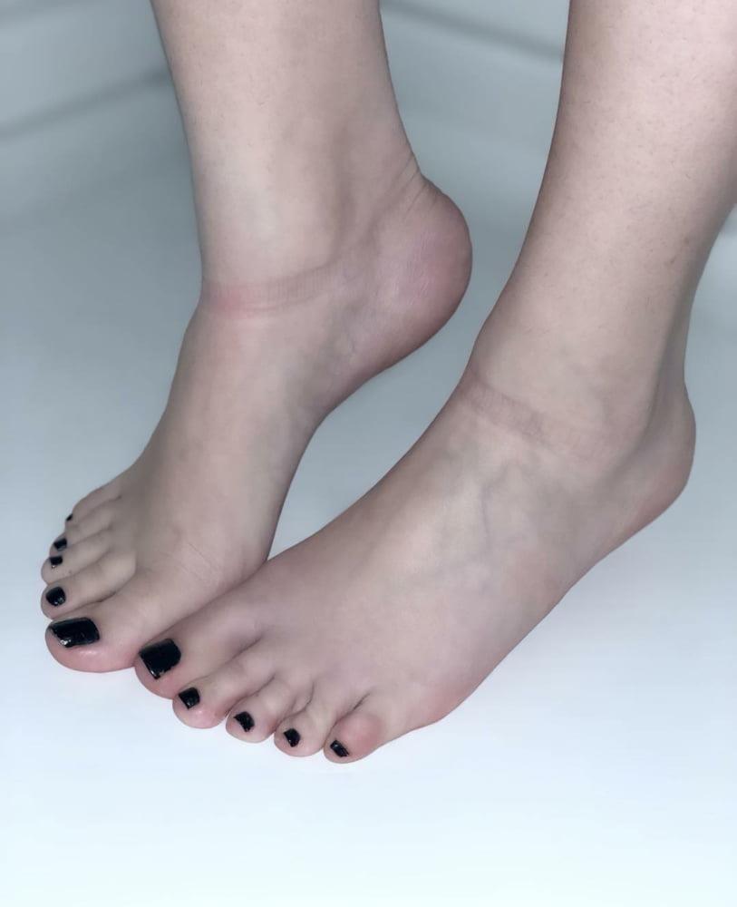 Iranian feet fetish-8491
